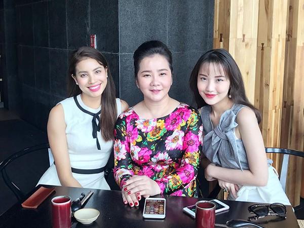 Cận cảnh vẻ sành điệu và gia thế khủng của bạn gái thiếu gia Phan Thành - Ảnh 3.