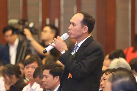 Thủ tướng Nguyễn Xuân Phúc: Vì sao nông dân chưa giàu? - Ảnh 1.