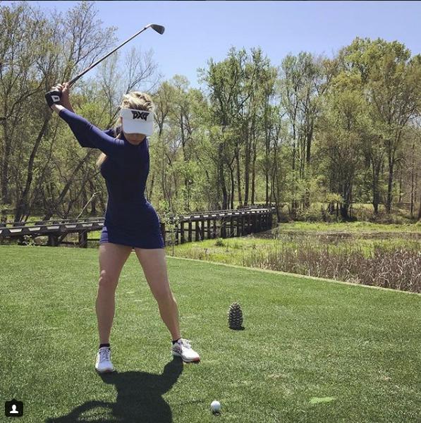 Paige Spiranac - Kiều nữ quyến rũ, nóng bỏng nhất làng golf thế giới - Ảnh 4.