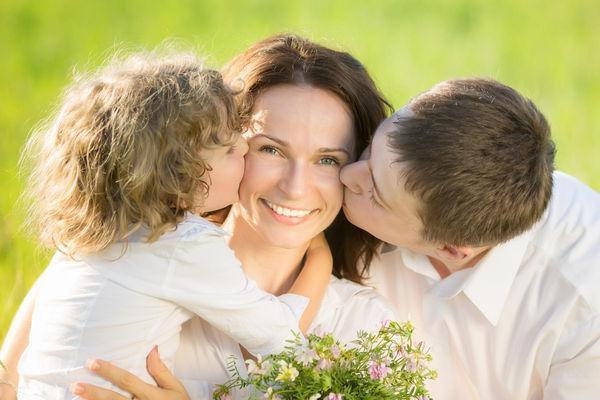 Trên thế giới, người ta kỉ niệm Ngày của mẹ như thế nào? - Ảnh 2.