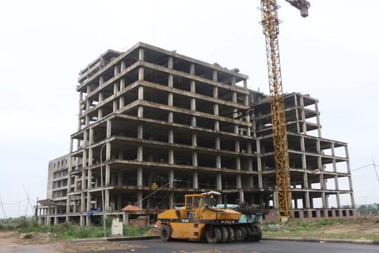 Cận cảnh hoang tàn dự án bệnh viện 700 giường đầu tư 850 tỉ đồng - Ảnh 18.