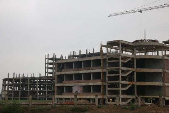 Cận cảnh hoang tàn dự án bệnh viện 700 giường đầu tư 850 tỉ đồng - Ảnh 5.