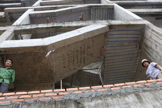Cận cảnh hoang tàn dự án bệnh viện 700 giường đầu tư 850 tỉ đồng - Ảnh 9.