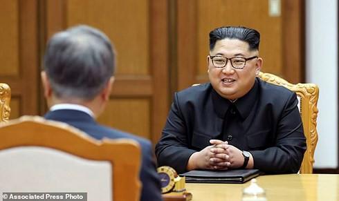 Lãnh đạo Triều Tiên Kim Jong-un vẫn sẵn lòng gặp Tổng thống Mỹ Trump - Ảnh 1.
