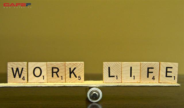Bà trùm bất động sản Barbara Corcoran: Sự cân bằng cuộc sống và công việc không tồn tại, cố gắng tìm kiếm nó chỉ lãng phí thời gian - Ảnh 1.