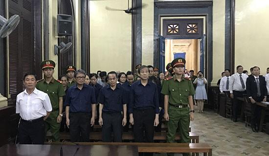 Hứa Thị Phấn lãnh án 30 năm tù và bồi thường hơn 16.796 tỷ đồng - Ảnh 2.