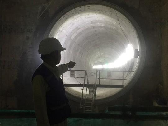 Metro số 1 sắp xuyên trong lòng đất - Ảnh 3.