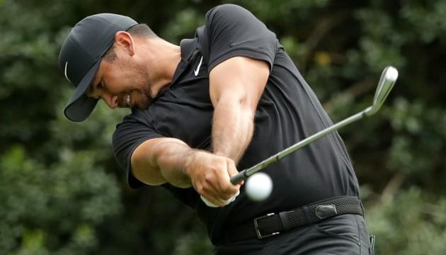 Vòng 3 Wells Fargo Championship: Jason Day đứng đầu bảng, Tiger Woods có vòng đấu ghi điểm âm - Ảnh 1.