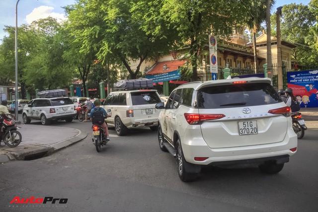 Lộ ảnh nóng trước hành trình siêu xe xuyên Việt của ông chủ cà phê Trung Nguyên - Ảnh 6.