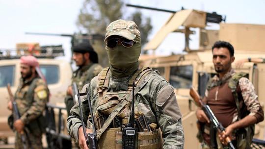 """Mỹ """"đánh bom căn cứ của lực lượng Syria"""" - Ảnh 2."""