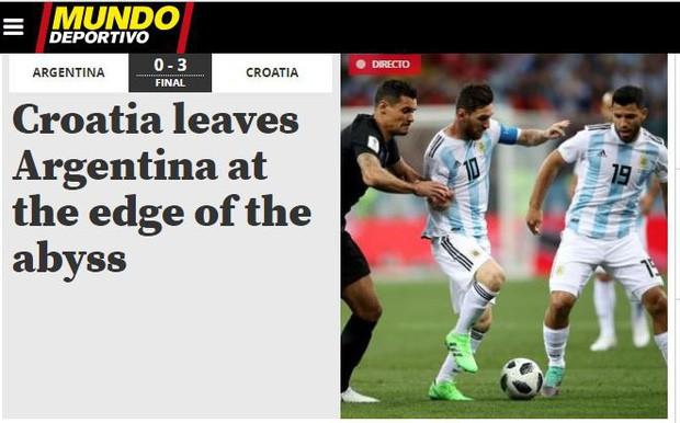 Truyền thông thế giới sốc: Messi và Argentina bên bờ vực thẳm - Ảnh 1.