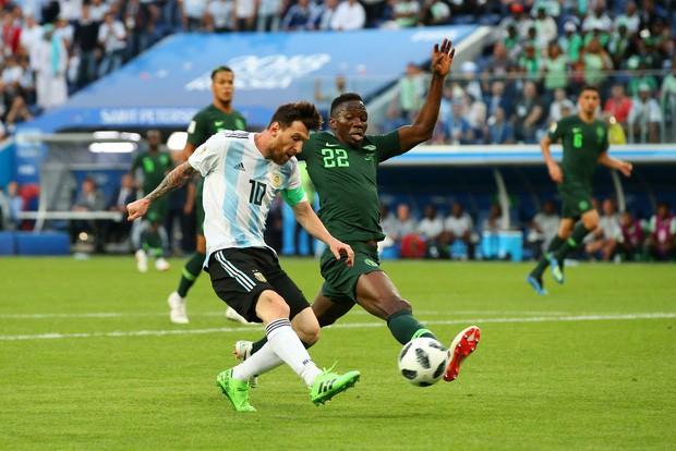 50 sắc thái của Lionel Messi trong trận thắng kịch tính Nigeria - Ảnh 1.