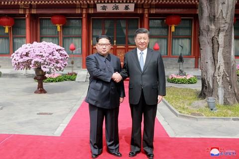 """""""Cơn mưa tiền"""" Trung Quốc đổ xuống Triều Tiên nếu thượng đỉnh Mỹ - Triều thành công? - Ảnh 1."""