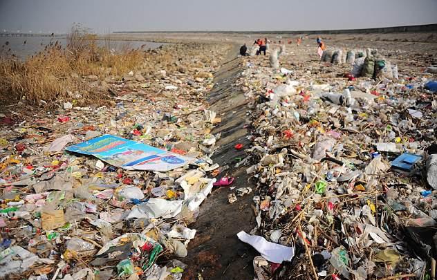Hầu hết rác thải trên đại dương đều tới từ 10 con sông này - Ảnh 2.