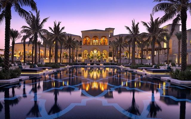 """[Case Study] Du lịch Dubai - """"cỗ máy in tiền"""" Trung Đông: Luật lệ hà khắc, sa mạc nóng bỏng, nhưng vẫn đều đặn đem về hàng tỷ đô - Ảnh 2."""