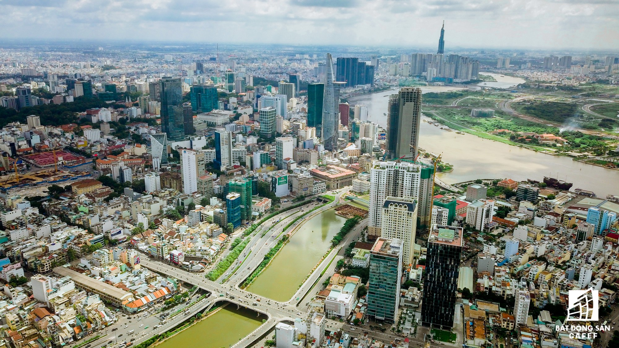 Khan hiếm nguồn cung, nhà đất Bến Vân Đồn Sài Gòn thiết lập mặt bằng giá mới - Ảnh 11.