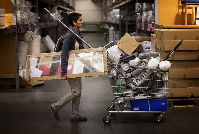 [Case Study] Công thức bất hủ để phân phối hàng xịn giá bèo của IKEA: Tiết kiệm, tiết kiệm nữa, tiết kiệm mãi - Ảnh 6.