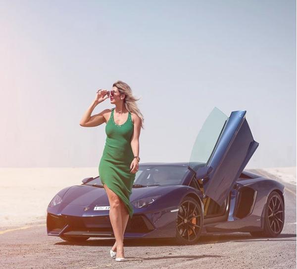 Hoa mắt với câu lạc bộ các quý cô chơi siêu xe ở Dubai: Cuộc sống quá ngắn để lái một chiếc xe nhàm chán - Ảnh 8.