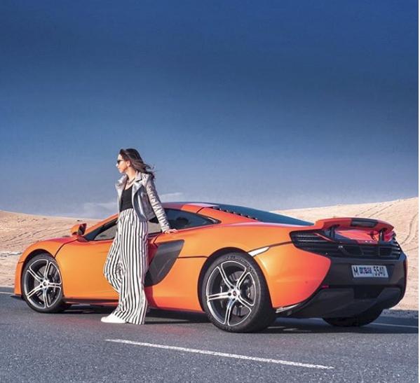 Hoa mắt với câu lạc bộ các quý cô chơi siêu xe ở Dubai: Cuộc sống quá ngắn để lái một chiếc xe nhàm chán - Ảnh 10.