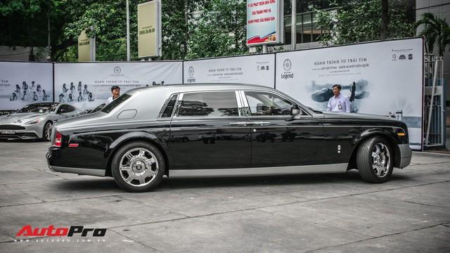 Rolls-Royce Phantom EWB bí ẩn của ông chủ cà phê Trung Nguyên xuất hiện tại Sài Gòn - Ảnh 2.