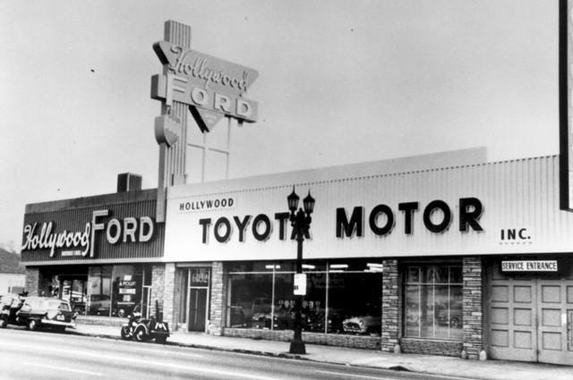 """Sự nhẫn nhịn của hãng xe Toyota: Bị Mỹ áp thuế do bán quá rẻ, hãng xe Toyota """"bình tĩnh"""" xây nhà máy và tiếp tục sản xuất """"rẻ rề"""" ngay ở đất Mỹ để đá văng đối thủ - Ảnh 1."""