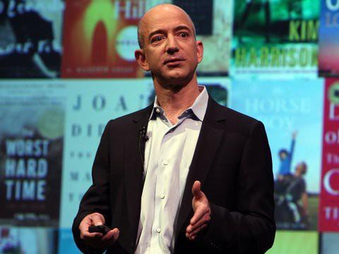 Không làm từ thiện nhiều như Bill Gates, người giàu nhất địa cầu Jeff Bezos sử dụng 150 tỷ USD tài sản của mình như thế nào? - Ảnh 21.
