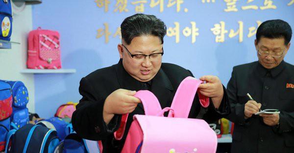 Triều Tiên có thể là công xưởng thời trang của địa cầu - Ảnh 1.