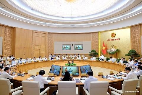 Thủ tướng: Không lơ là, chủ quan trong thực hiện kế hoạch cả năm - Ảnh 2.