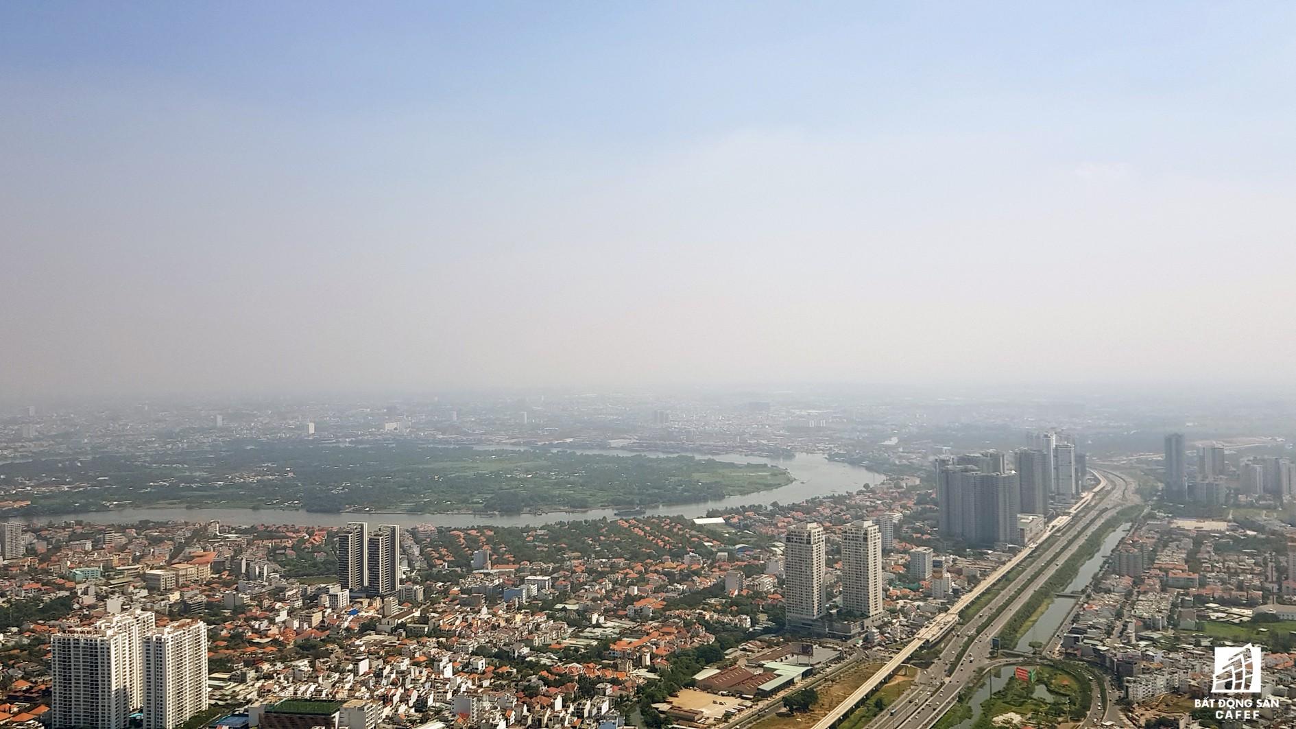 Toàn cảnh đô thị trung tâm Sài Gòn nhìn từ đỉnh tòa nhà cao nhất Việt Nam - Ảnh 8.