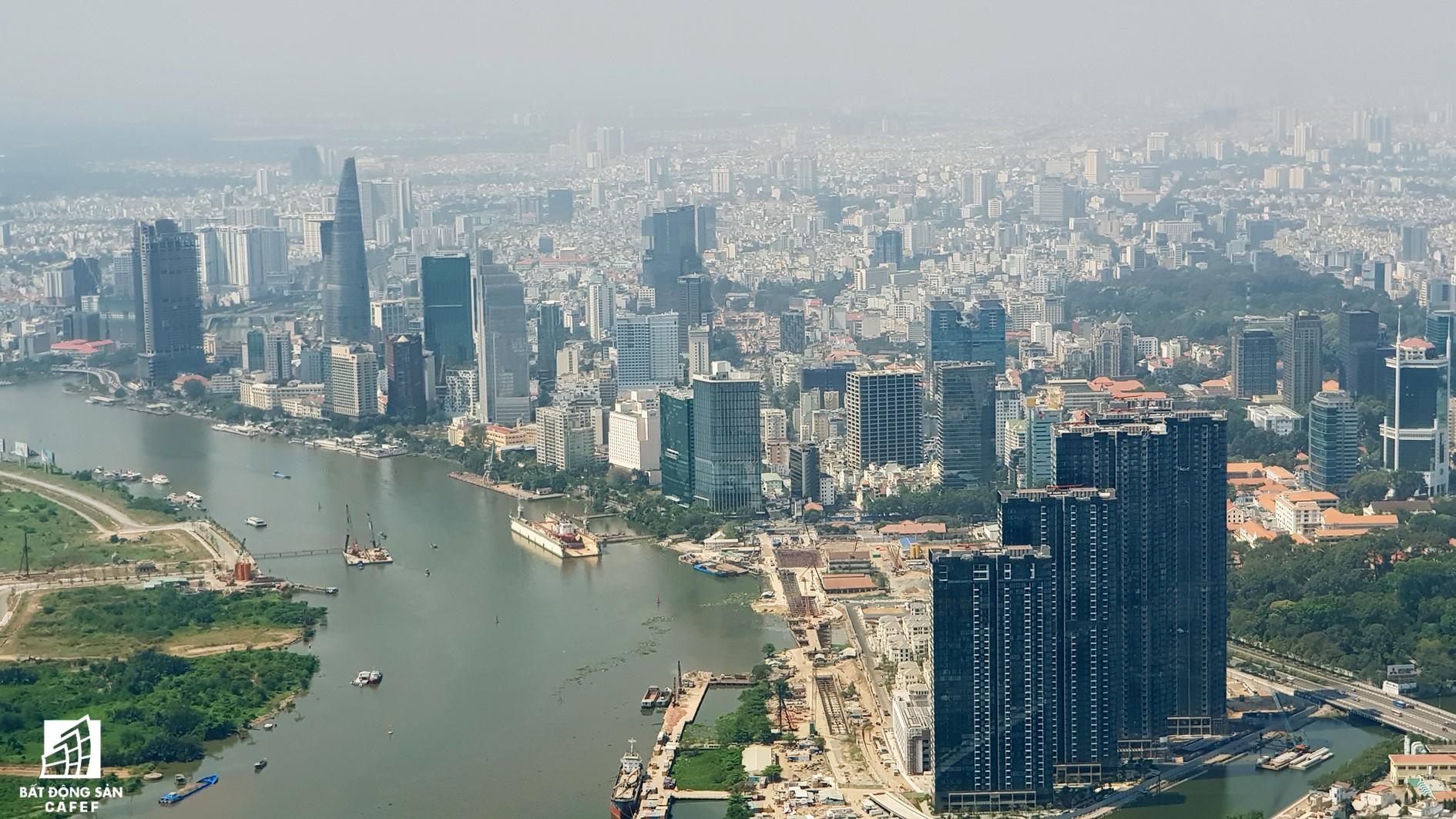 Toàn cảnh đô thị trung tâm Sài Gòn nhìn từ đỉnh tòa nhà cao nhất Việt Nam - Ảnh 12.