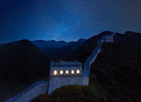 Chùm ảnh: Khách sạn đẹp ảo mộng trên tháp canh của Vạn Lý Trường Thành - Ảnh 14.