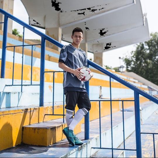 Tiền đạo Văn Quyết - người ghi bàn thắng tung lưới Olympic UAE già thứ nhì đội tuyển, là anh rể tương lai của Duy Mạnh - Ảnh 14.