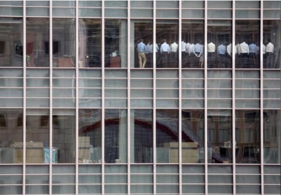 Chuyện gì xảy ra trong văn phòng Lehman Brothers ở Anh sát ngày phá sản? - Ảnh 1.