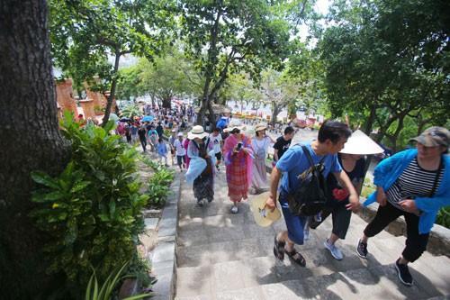 Du lịch Việt càng ngày càng quyến rũ - Ảnh 1.