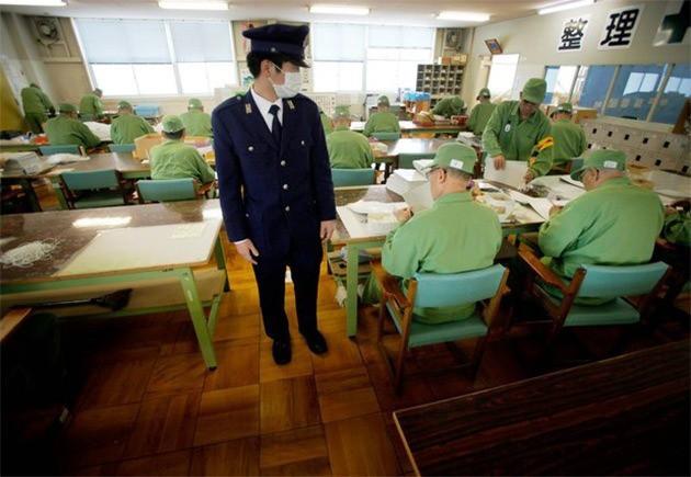 """Sự thật trần trụi về cuộc sống """"địa ngục trần gian"""" trong nhà tù Nhật Bản - Ảnh 4."""