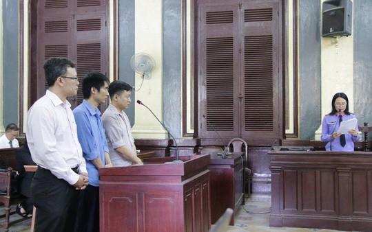 Xử lý hình sự 2 cán bộ tham ô ở Saigonbank - Ảnh 1.