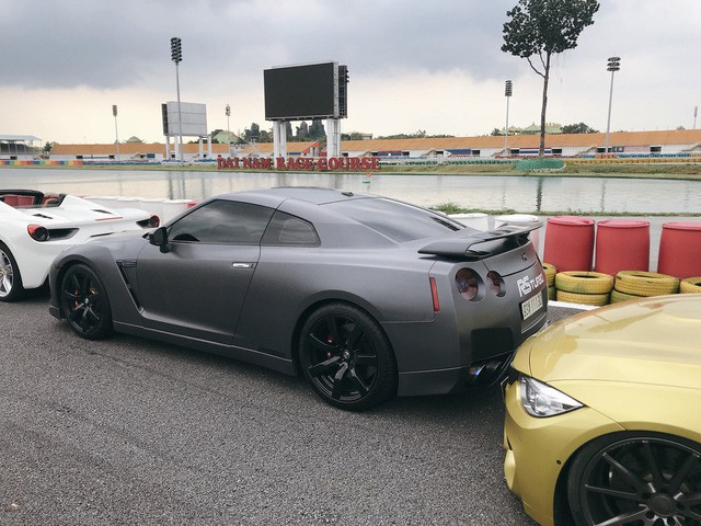Dàn siêu xe sặc sỡ thử tốc độ ở trường đua Đại Nam - Ảnh 11.
