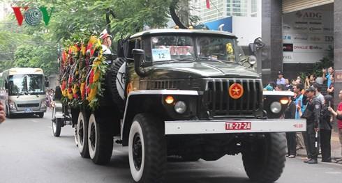 Trực tiếp: Đưa linh cữu Chủ tịch nước Trần Đại Quang về quê nhà - Ảnh 1.