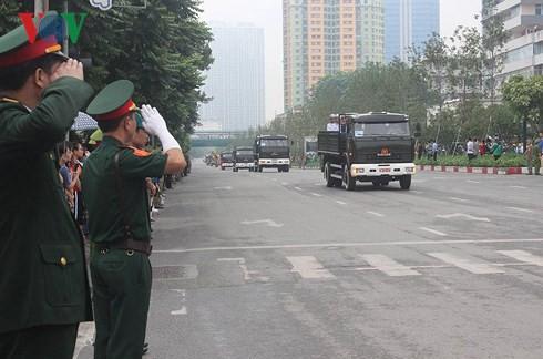 Trực tiếp: Đưa linh cữu Chủ tịch nước Trần Đại Quang về quê nhà - Ảnh 12.