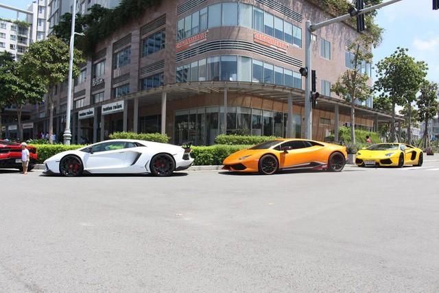 Cường Đô La cùng loạt đại gia Việt khoe dàn siêu xe trăm tỷ dịp cuối tuần - Ảnh 3.