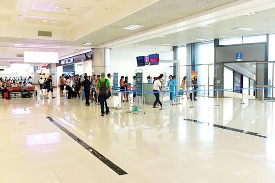 Cận cảnh diện mạo mới Nhà ga T1 Nội Bài sau một năm nâng cấp - Ảnh 11.