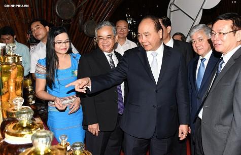 Thủ tướng: Đưa 'quốc bảo' sâm Ngọc Linh thành quốc kế dân sinh - Ảnh 3.