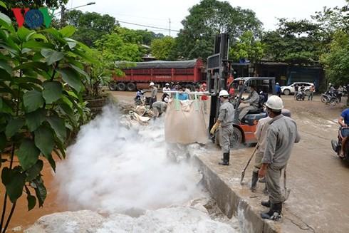 Khẩn trương khắc phục sự cố vỡ bờ đập bãi thải Nhà máy DAP Lào Cai - Ảnh 3.