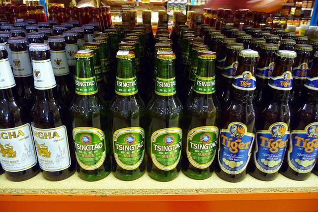 """Chiến thuật """"Tây Du Ký"""" của Carlsberg: Rời bỏ Thượng Hải và Bắc Kinh, đi bán bia nơi địa hình xấu nhất cho những người nghèo nhất, trở thành bá chủ thị trường Tây Trung Quốc - Ảnh 2."""