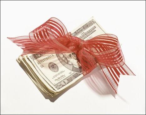 Lợi nhuận vượt kế hoạch, nhiều sếp doanh nghiệp chuẩn bị nhận thưởng hàng tỷ đồng - Ảnh 1.