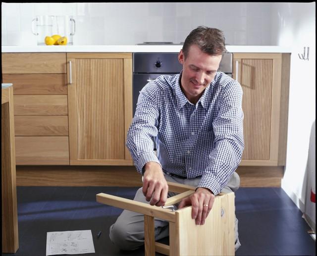 Triết lý kinh doanh năm 17 tuổi giúp ông chủ IKEA lôi kéo được hàng triệu người đến mua hàng mỗi năm - Ảnh 3.