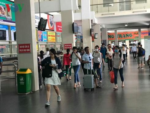 """5 bến xe ở Hà Nội """"cõng"""" cả triệu khách về đón Xuân - Ảnh 5."""
