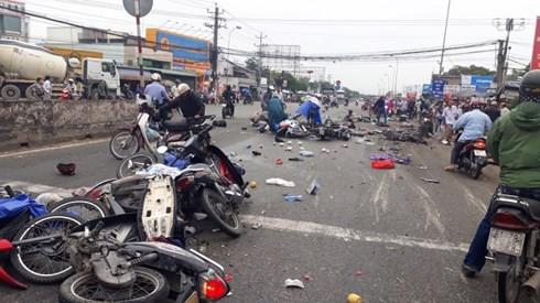 Vụ tai nạn thảm khốc ở Long An: Chủ phương tiện có phải chịu trách nhiệm? - Ảnh 2.