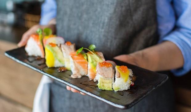 Đố bạn biết sushi và kimbap có gì khác nhau: Ngoài xuất xứ từ 2 quốc gia, điểm đặc trưng này mới là quyết định! - Ảnh 13.
