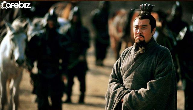 """Ngày nay, rất nhiều người 30, 40 tuổi đã cảm thấy mình hết tuổi xông pha"""", còn ngàn năm trước, Lưu Bị ở tuổi 47 vẫn nói rằng """"chí hướng hãy còn"""" - Ảnh 2."""